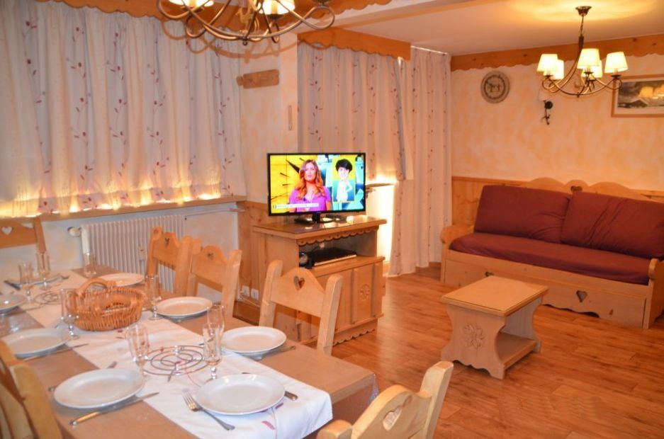 2 Rooms 6 Pers ski-in ski-out / LAUZES 3