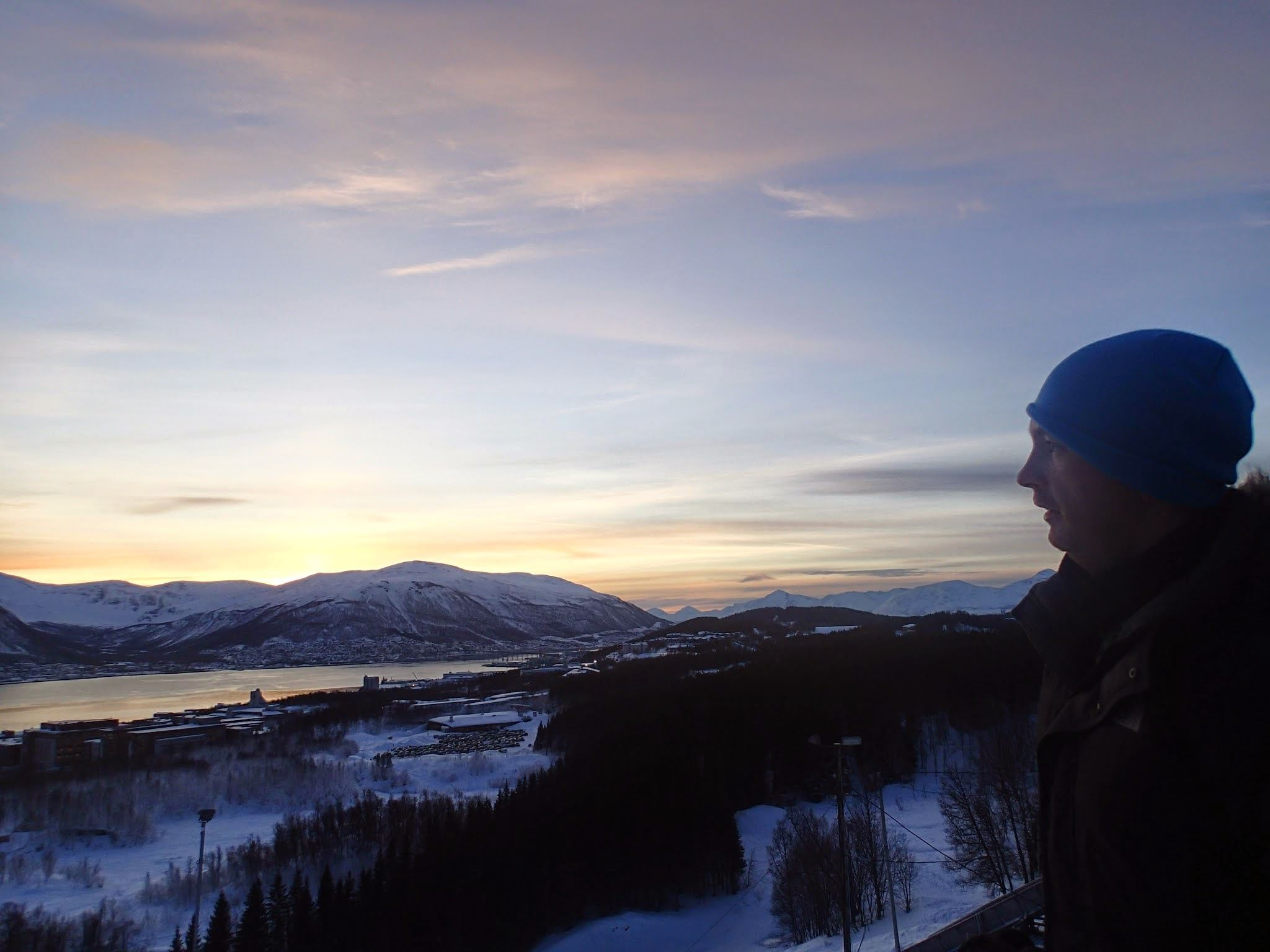 Guided Snowshoe Trip on Tromsøya – Tromsø Outdoor