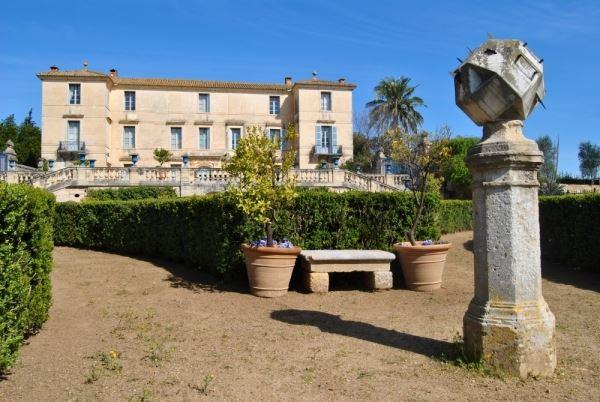 Château de Flaugergues : Visite en véhicule électrique du parc + visite guidée du château