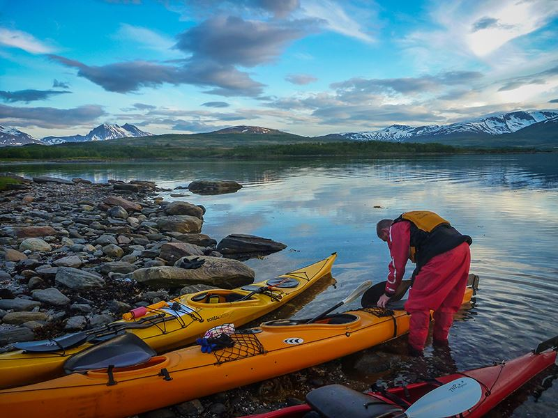 Midnight Sun Kayaking – Tromsø Villmarkssenter