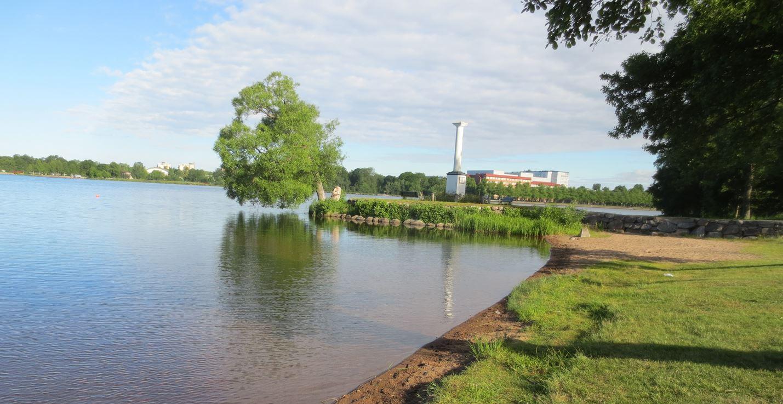Badplats Kampen vid Växjösjön