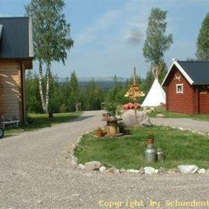 Schwedenteam,  © Schwedenteam, Stugor inne på området.