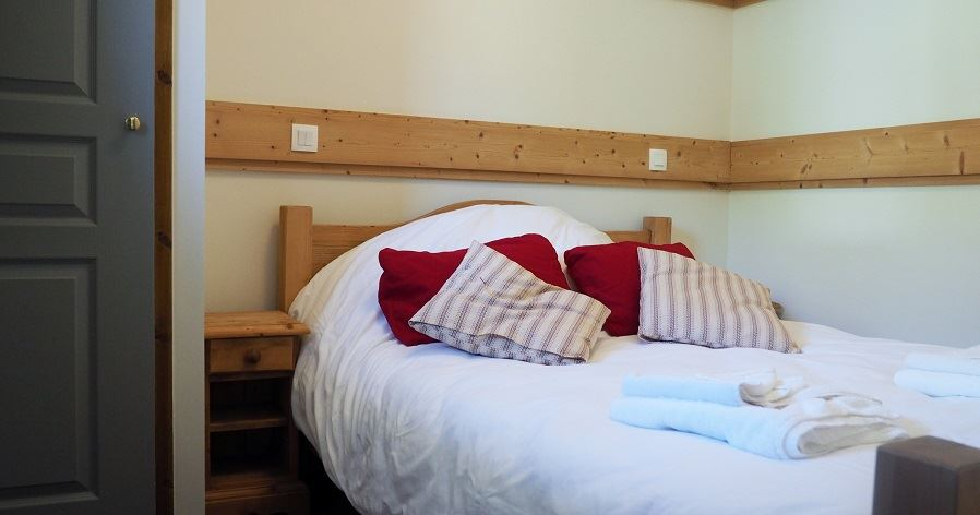 2 Rooms 4 Pers ski-in ski-out / LES CRISTAUX 2