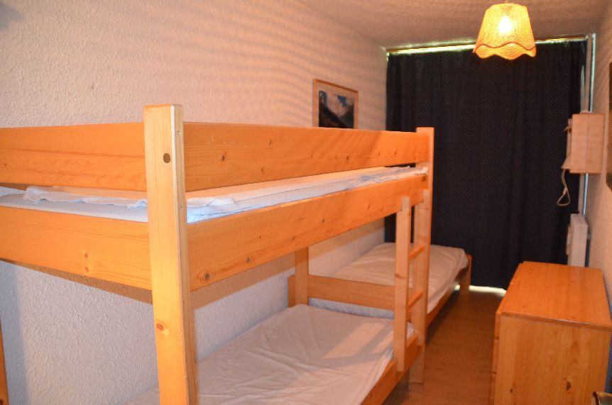 3 Rooms 8 Pers ski-in ski-out / PELVOUX 53