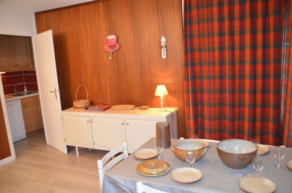 2 Room 6 Pers ski-in ski-out / OISANS 54