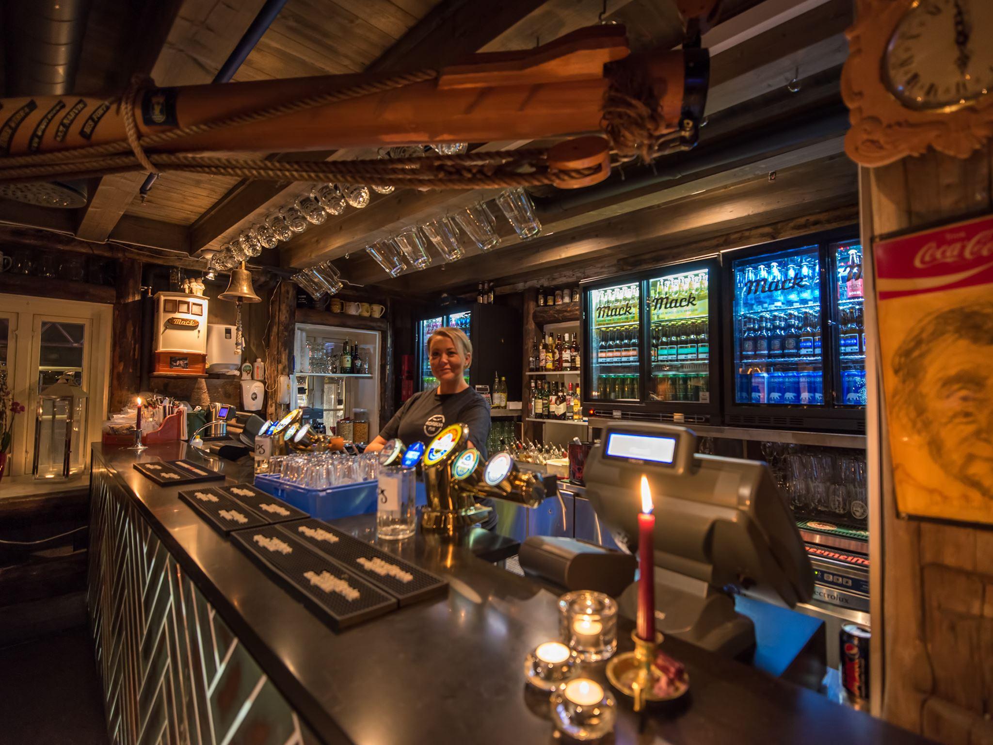Rorbua Pub