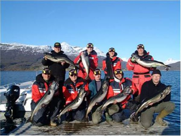 © Foldvik Bryggeferie, Fisketur