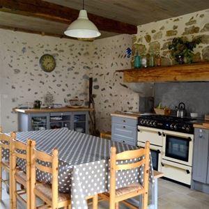 © ROUX Heidi, HPM140 - Belle maison indépendante et chaleureuse