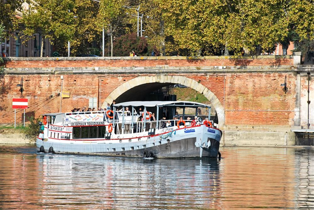 Cruises with Bateaux Toulousains