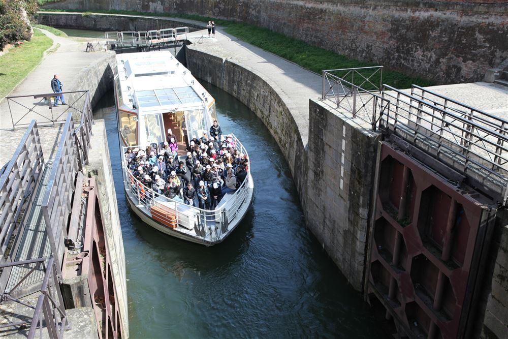 Cruises aboard Bateaux Toulousains