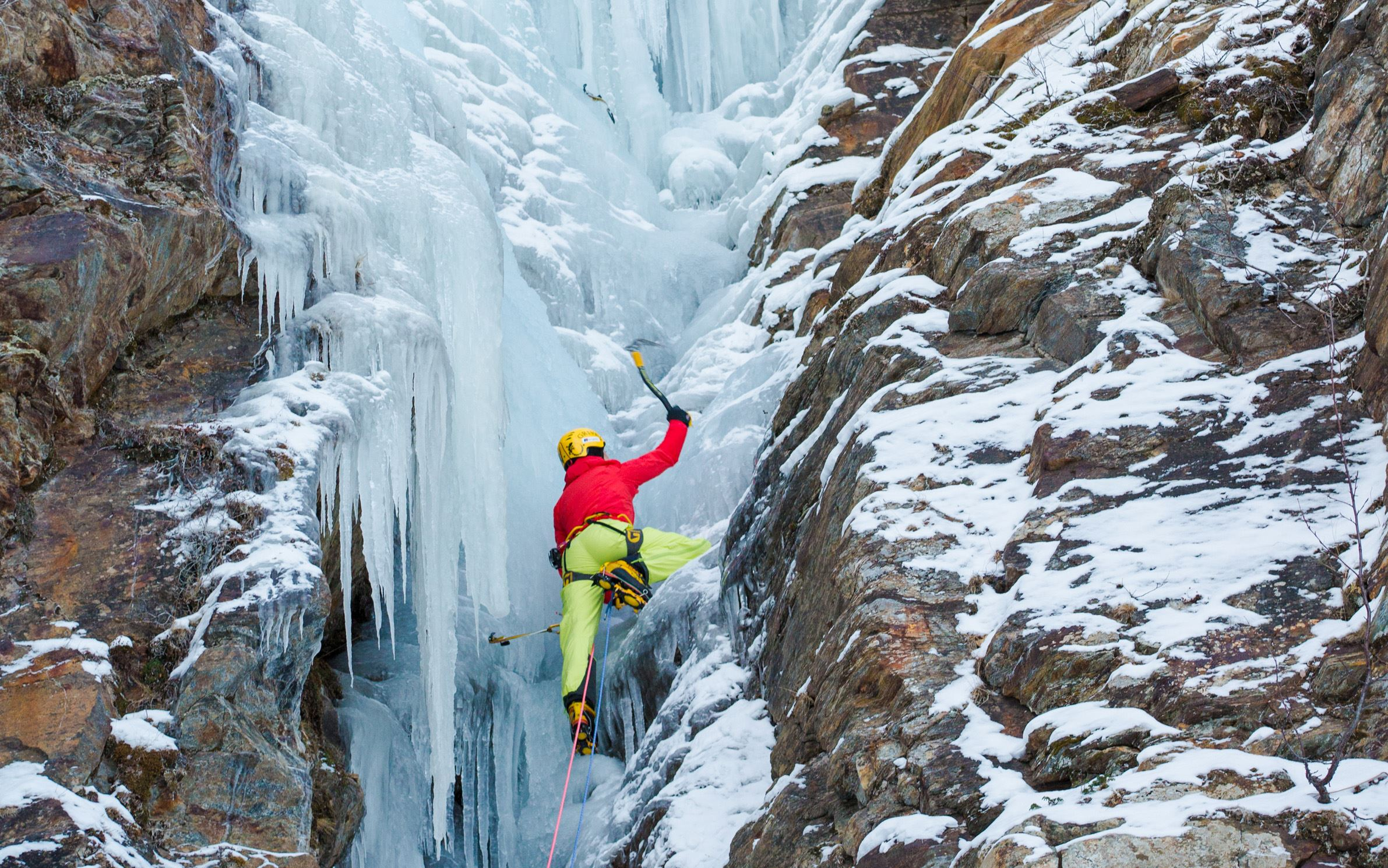 Abisko - Isklättring på vertikal is