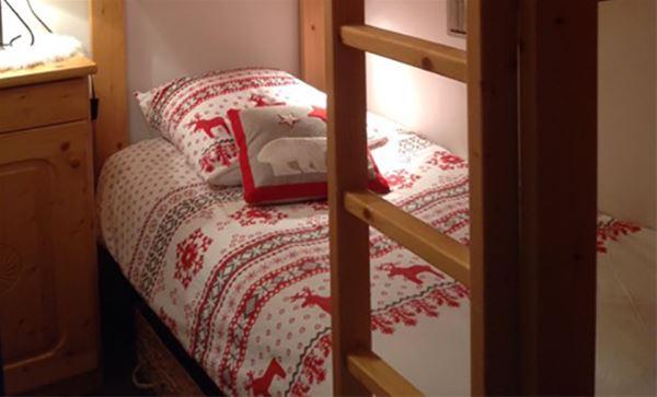 2 pièces cabine 4 personnes skis aux pieds / OURSE BLEUE (Montagne de Charme) / Séjour Sérénité