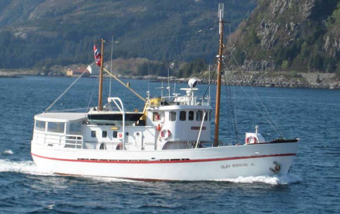 Tour around Tromsøya on the world's smallest cruise boat – Northern Sea Adventure
