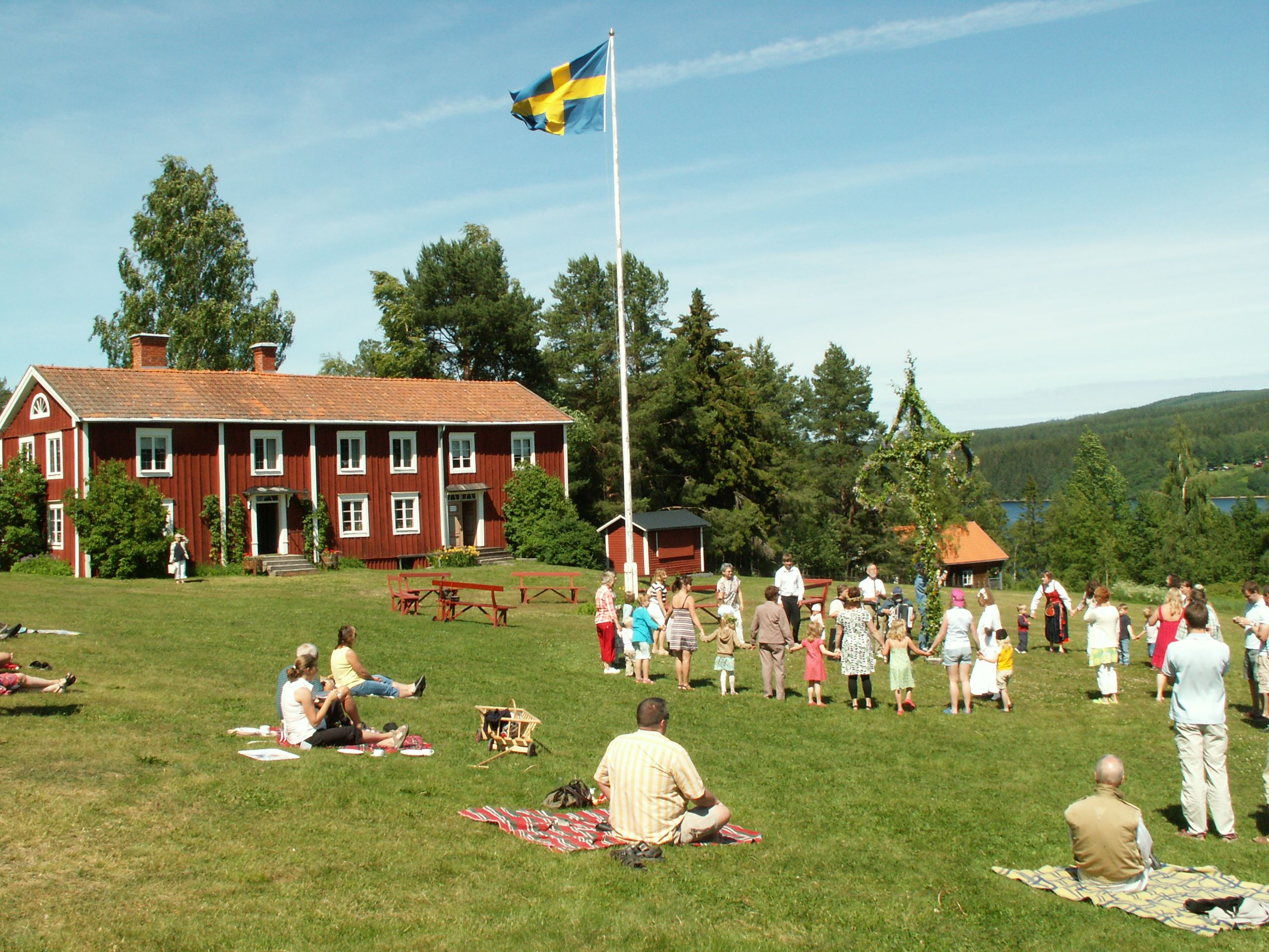 Experience the folklore festivals in Hälsingland