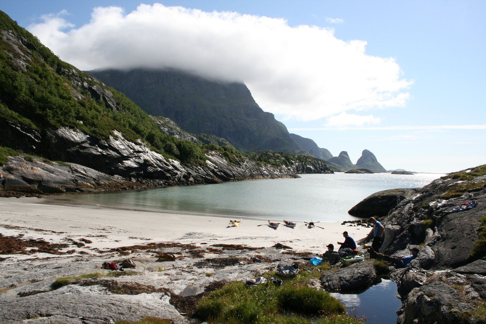 Helgeland Reiseliv,  © Helgeland Reiseliv, Hav og Fritid-sea kayaking