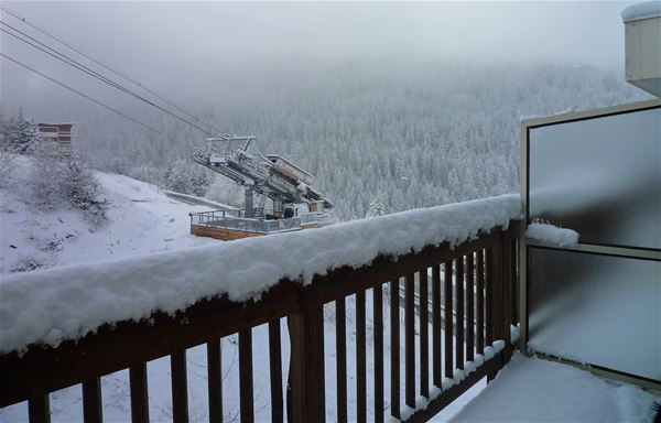 3 rooms 5 people ski-in ski-out / LES GRANDES BOSSES (mountain of charm)
