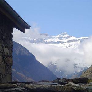 © © CAUSSIEU, HPG171 - Grange traditionnelle de montagne