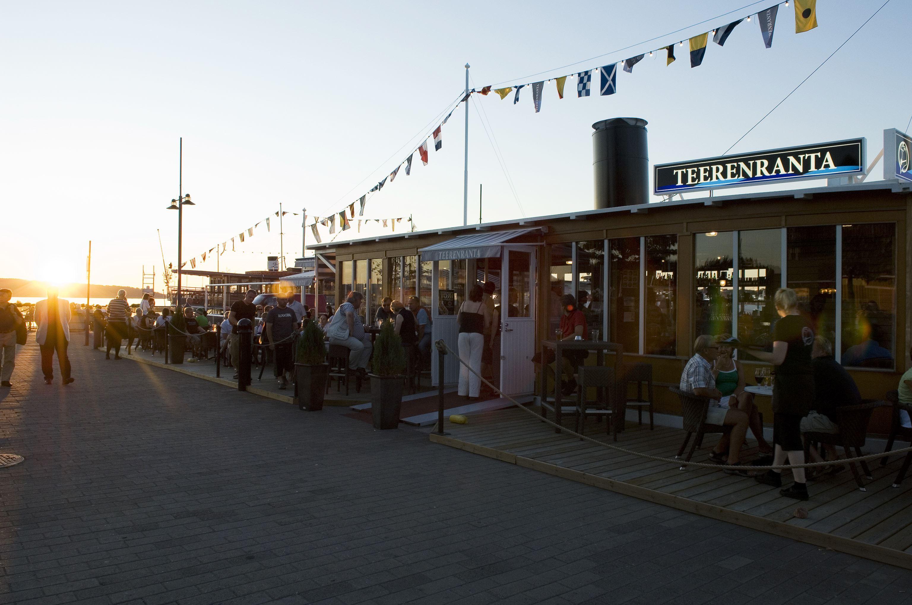 Lahti Harbour | Boat Restaurant Teerenranta