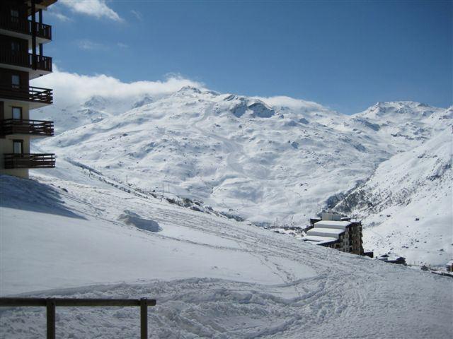 2 Pièces 4 Pers skis aux pieds / NECOU 311