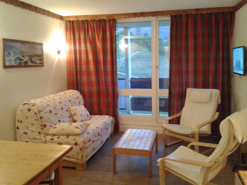 2 Rooms 7 Pers ski-in ski-out / CARON 406