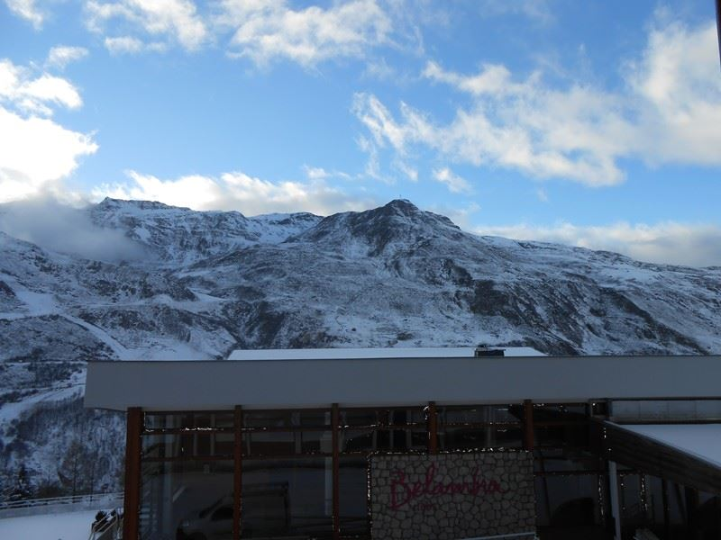 2 Rooms 6 Pers ski-in ski-out / LES LAUZES C18