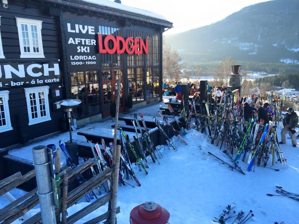 Skiers lunch at Hafjell Lodge
