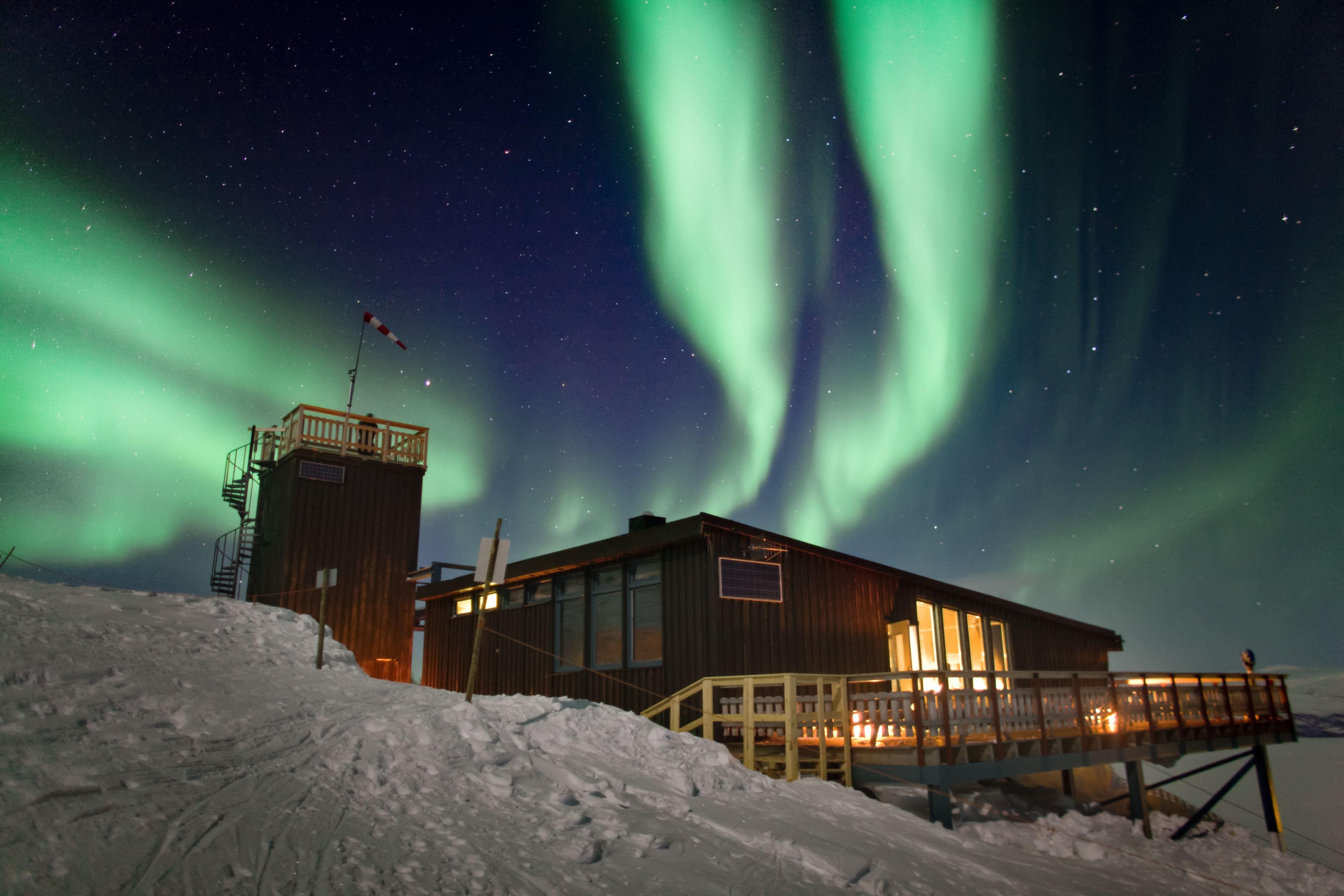 STF Aurora Sky Station - världens bästa ljusupplevelse