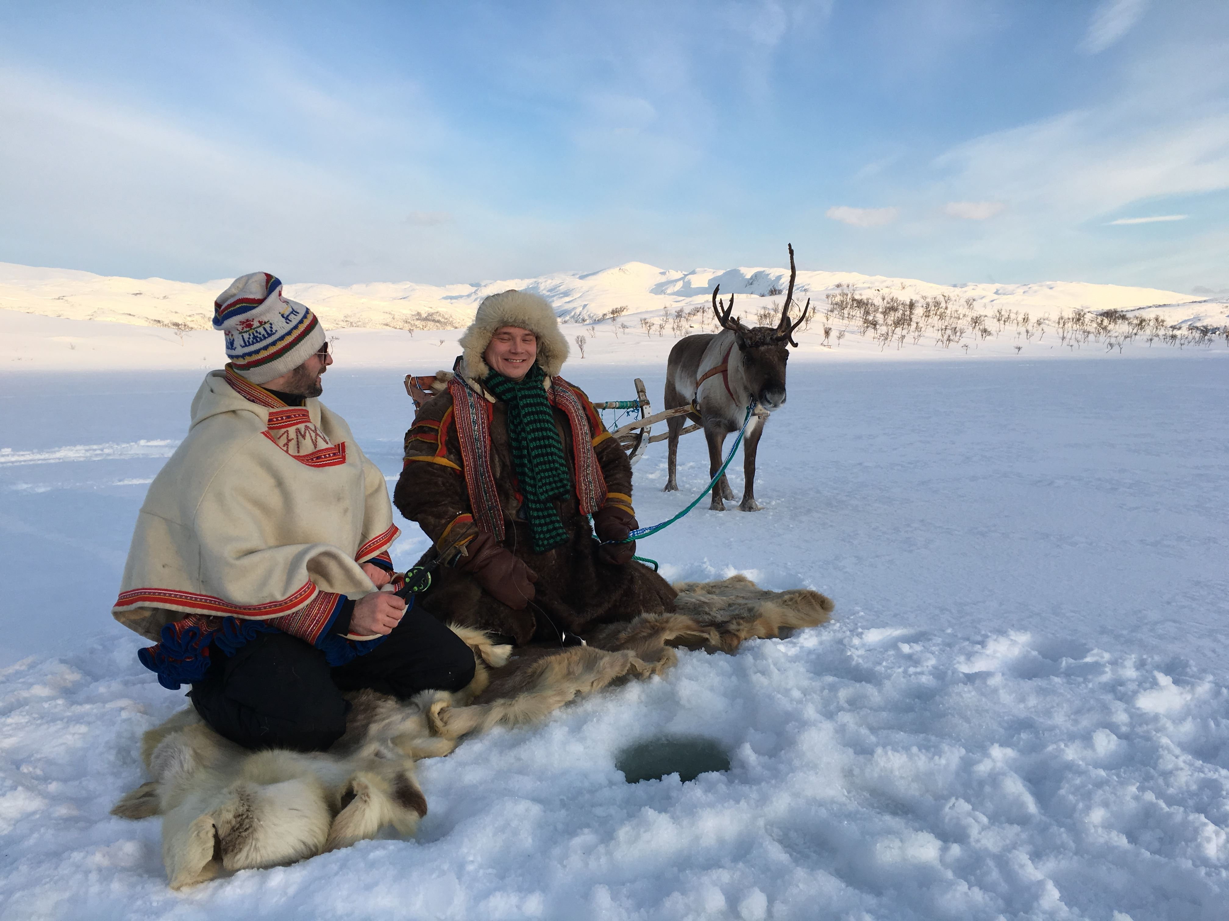Ice Fishing at the Dankarvåg Nature Reserve– Sami Adventure