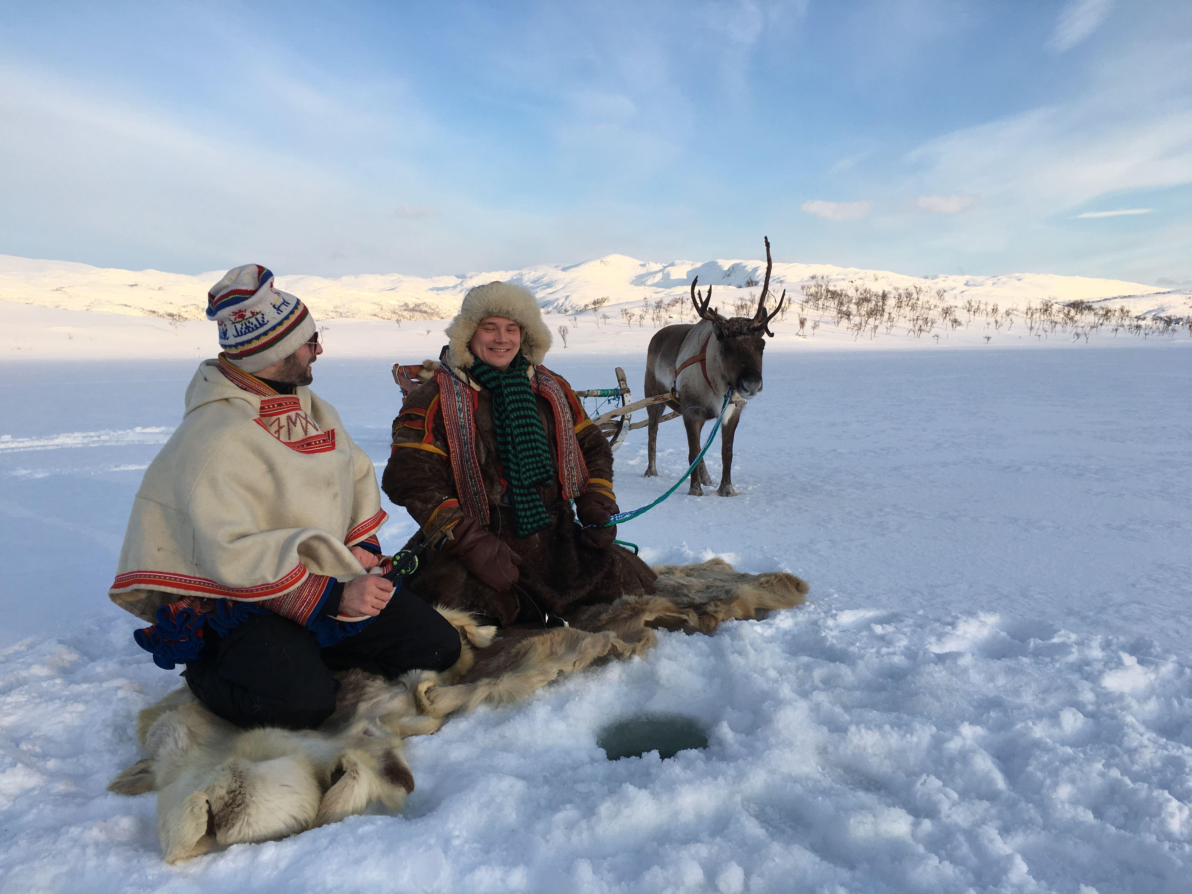 Ice Fishing at the Dankarvåg Nature Reserve– Sami Adventure