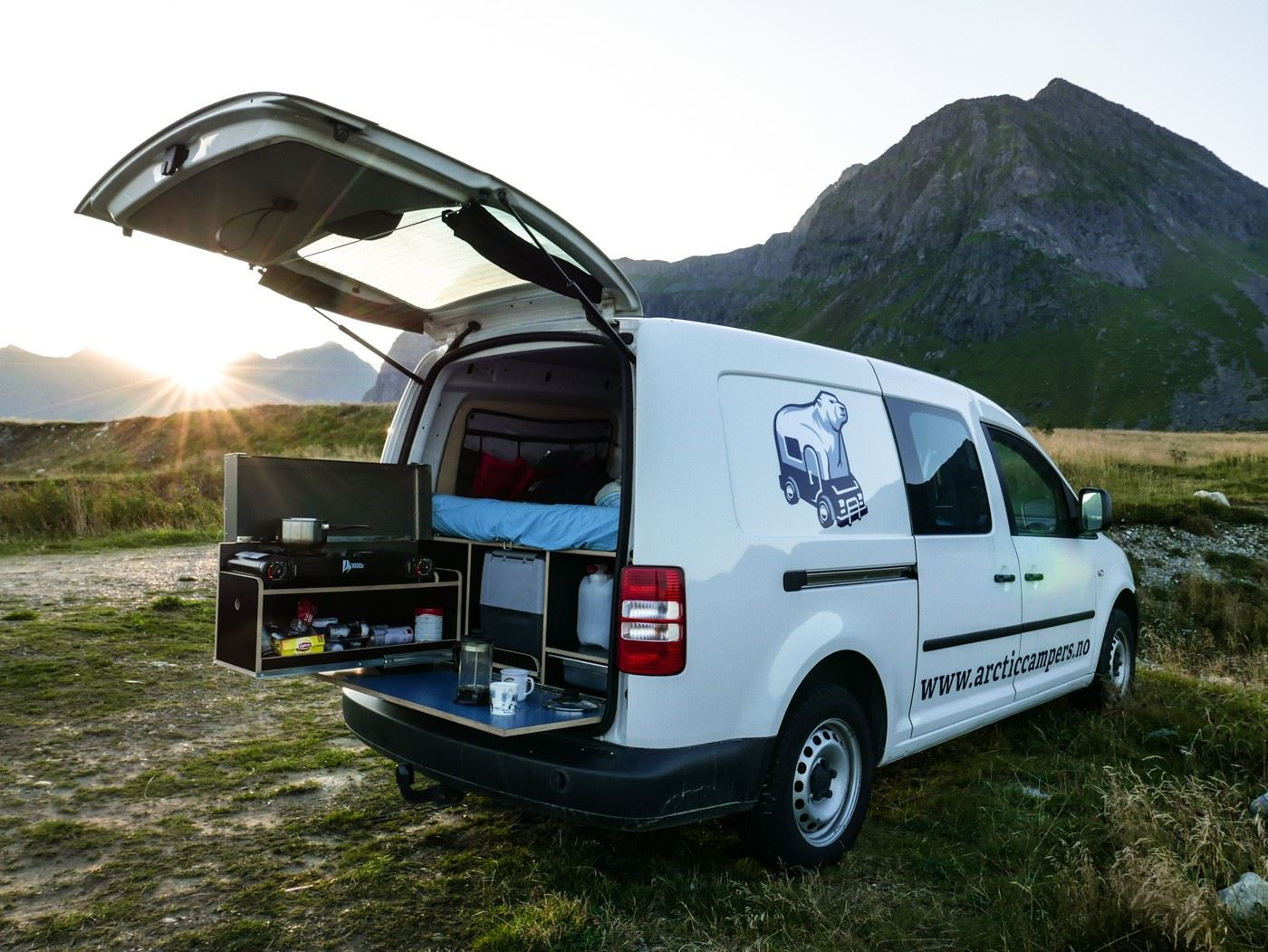 Arctic Campers - Camper Van Rental