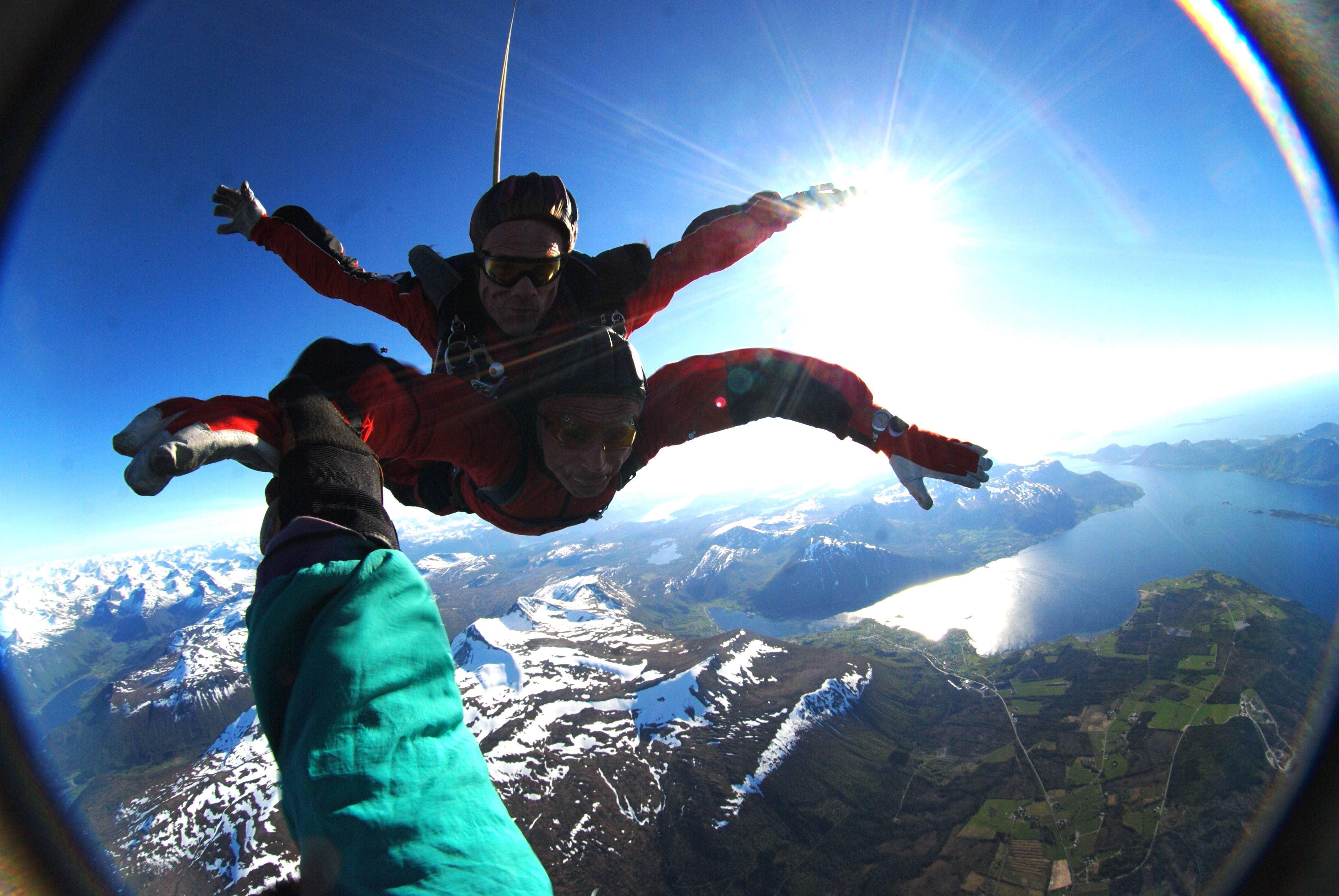 Lesja Parachute Club