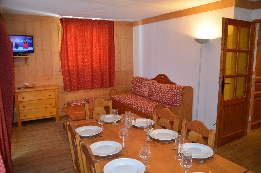 3 Rooms 6 Pers ski-in ski-out / ARGENTIERE 201