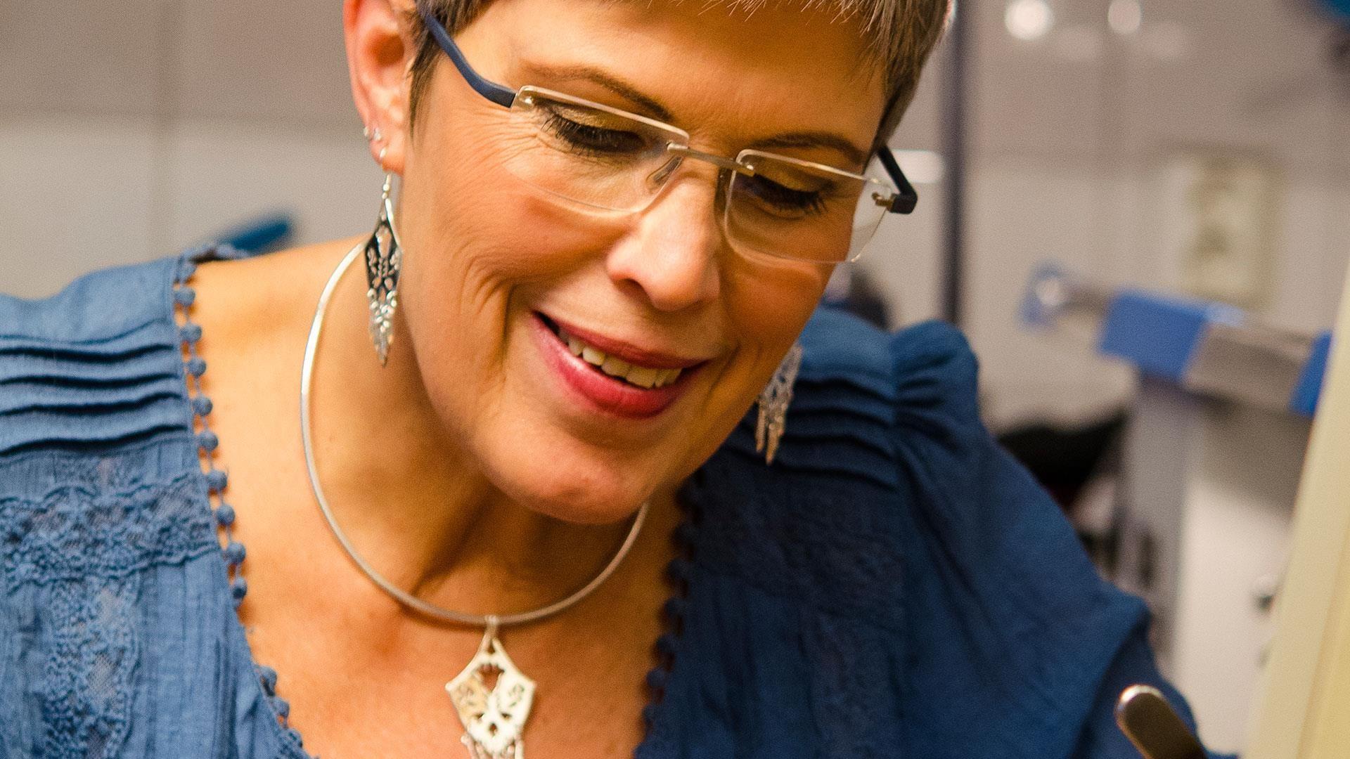 Gullsmed Laura Van Meter