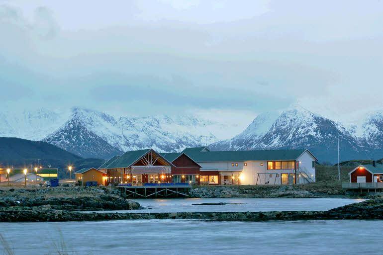 Scandic Partner - Sommarøy Arctic Hotel