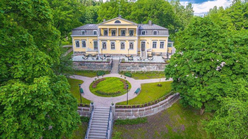 Mukkula Manor