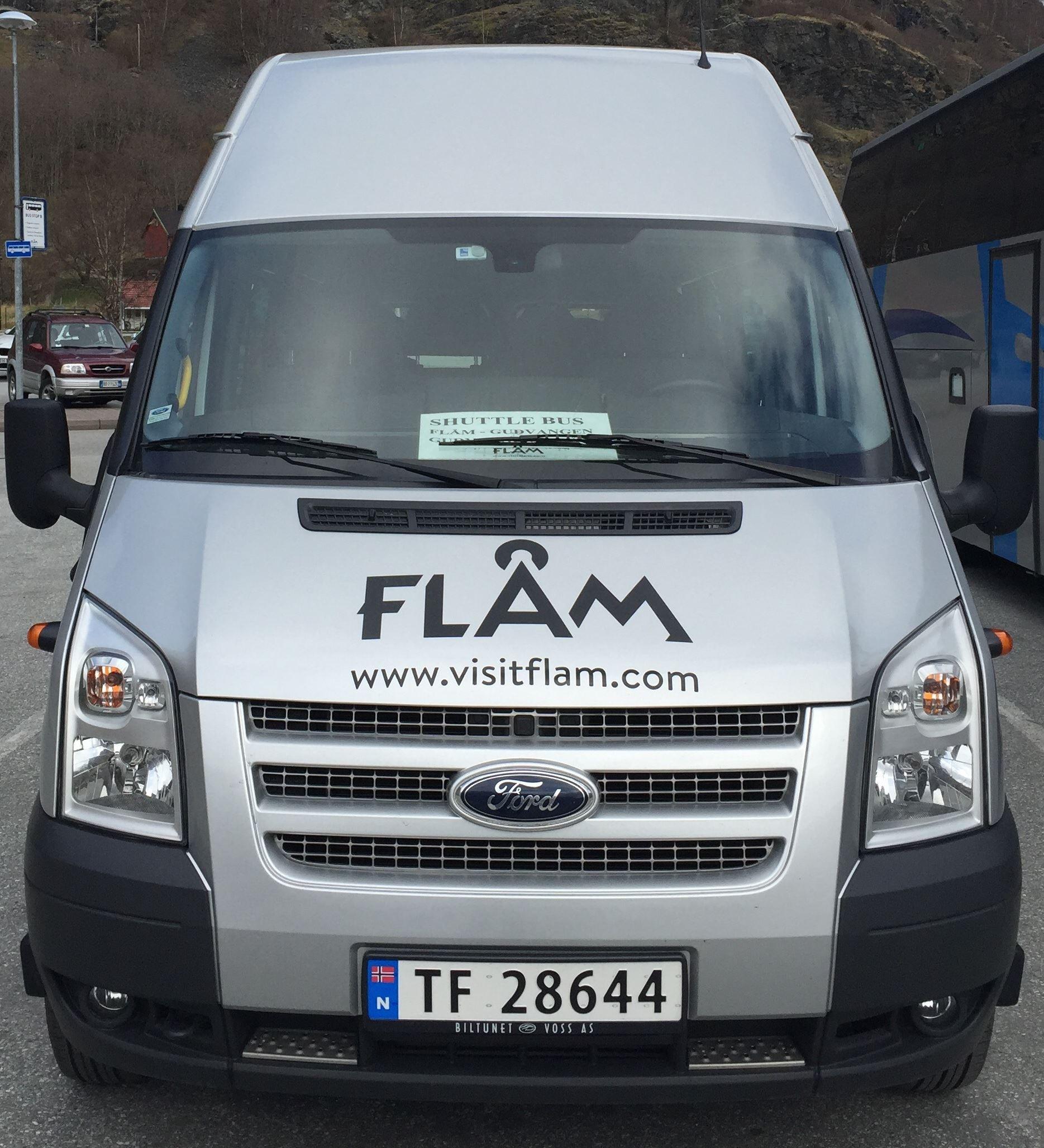 Shuttlebuss Aurland - Flåm - Gudvangen