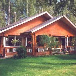 Pirkka & Leila Ahola Cottage rental