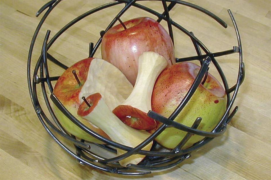 Foto: Jamtli,  © Copy: Jamtli, Äpplen i korg