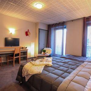 © /, HPH25 - Confortable hôtel style Belle Epoque