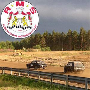Folkracetävling på Gumboda Motorstadion