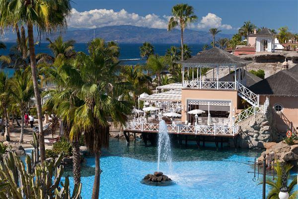 Gran Hotel Bahía del Duque Resort: Flärdfull lyx för livsnjutaren