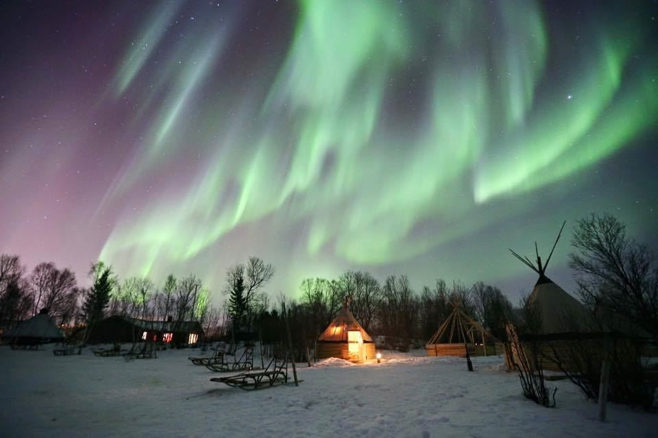 Overnight Expedition Under the Magnificent Northern Lights – Arctic Adventure Tours