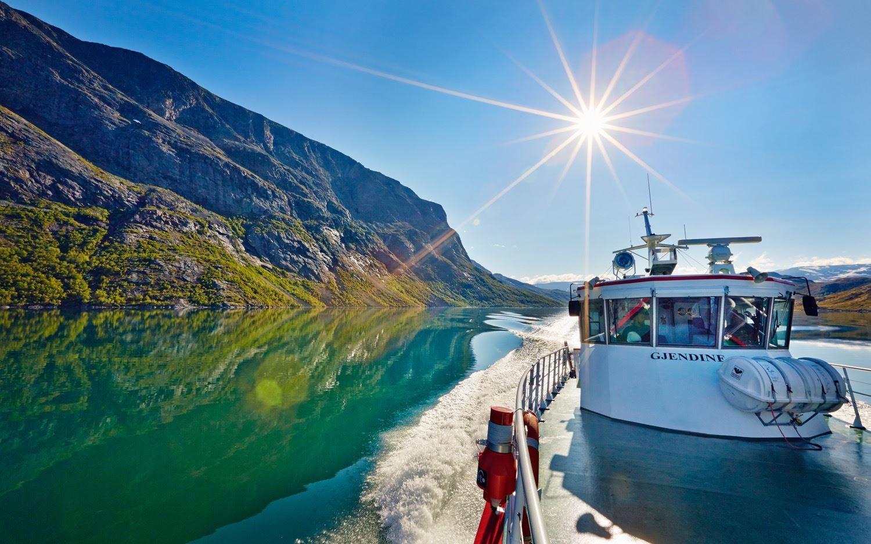 Cathrine Dokken ,  © Gjendebåten, Ta Gjendebåten til Jotunheimen