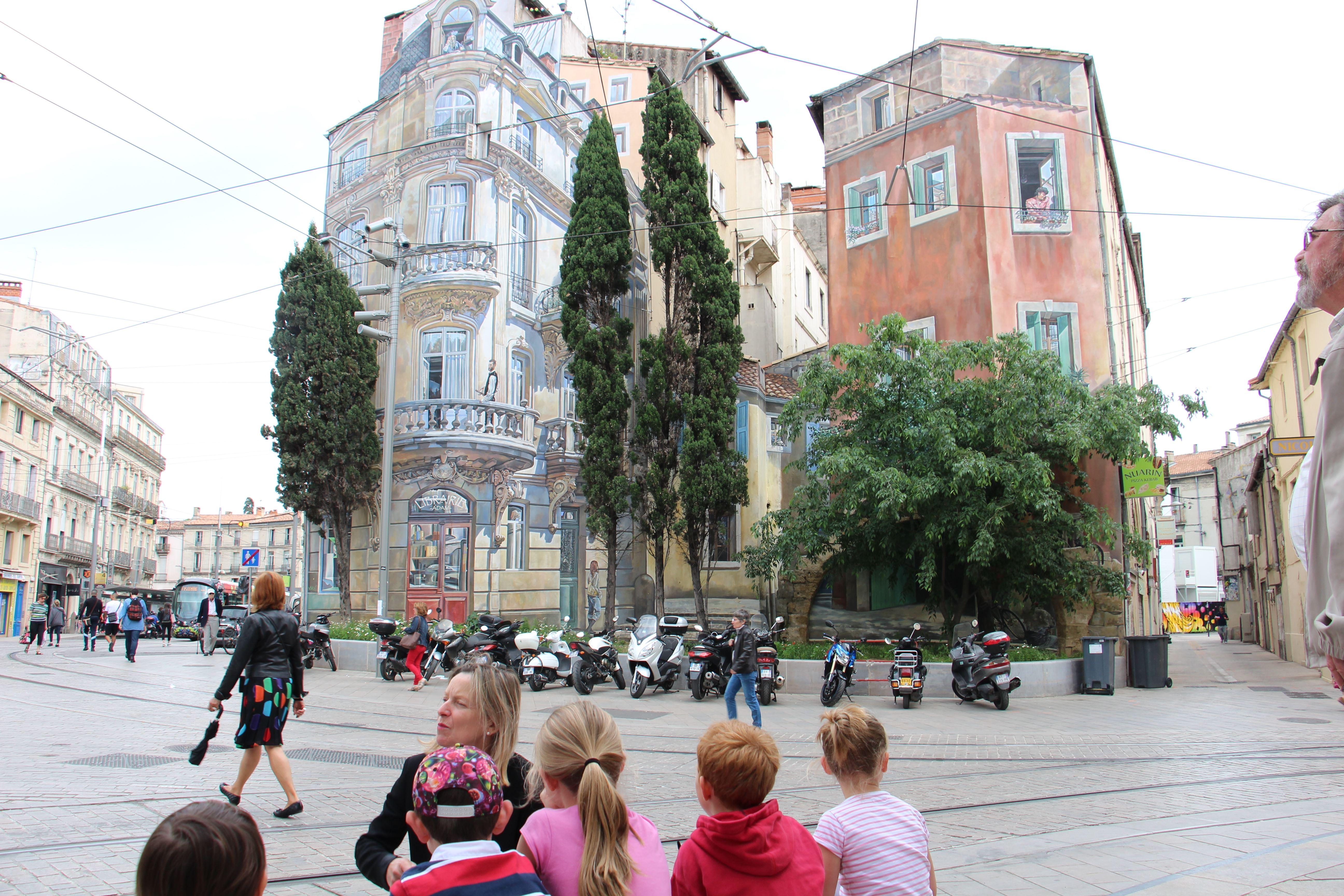 Cache-cache dans la ville avec Frédéric Bazille
