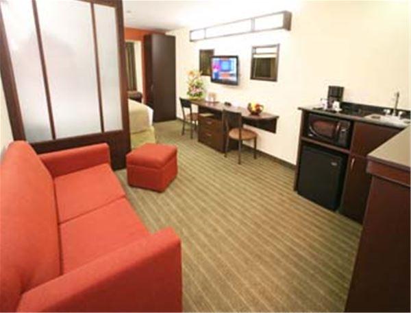 Microtel Inn & Suites by Wyndham® Toluca