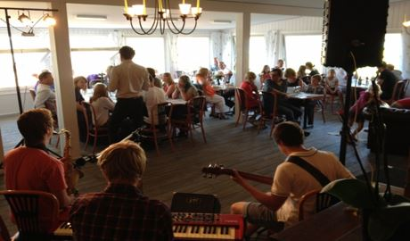 Live-musik på Restaurang Grankullavik