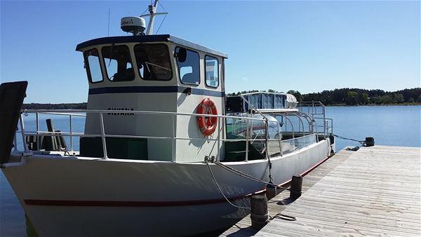 Boat excursion to the lighthouse on Sälskär, Hammarland