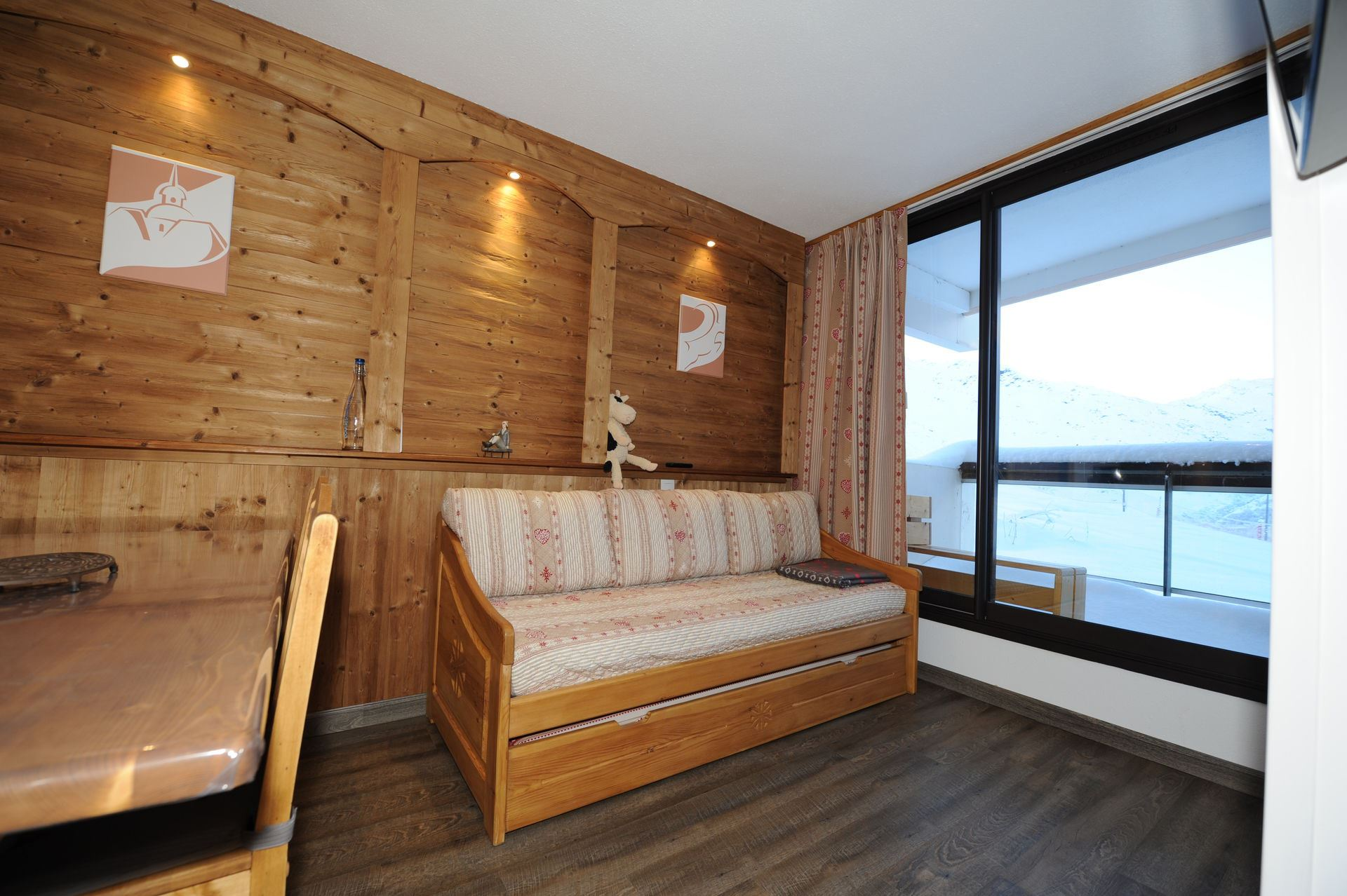 2 Rooms 5 Pers ski-in ski-out / ARMOISE 7