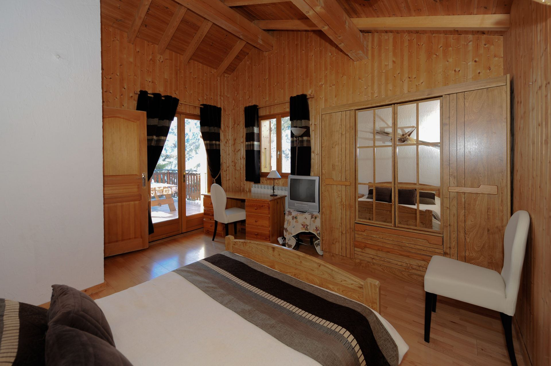 7 rooms 12 people / VARCINS 2