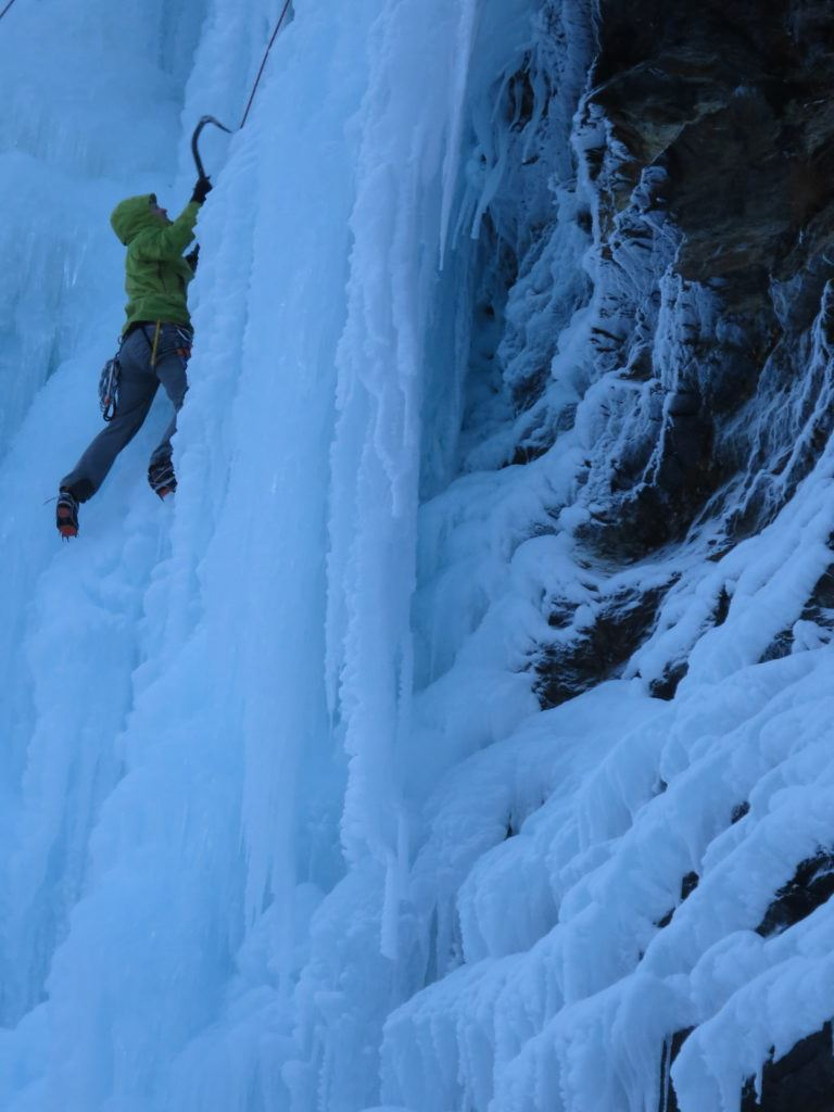 Ice Climbing in Lyngen - Lyngen Adventure